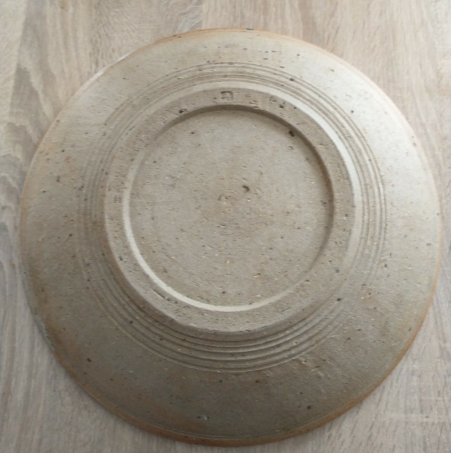 Bryan and Julia Newman, Aller Pottery (Somerset) - Page 3 Img_2240