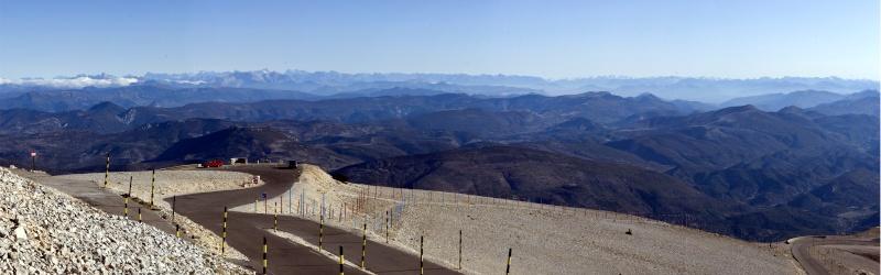 Vu de loin, Au pied du Ventoux, Vignes, Pathfinder, les Alpes / 5 photos Panora10