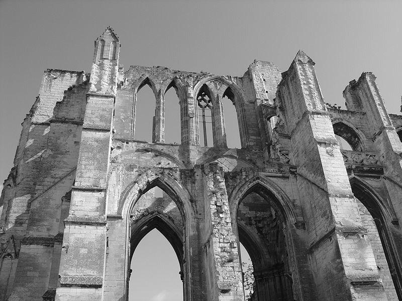 Les ruines de l'abbaye Saint Bertin 800px-11