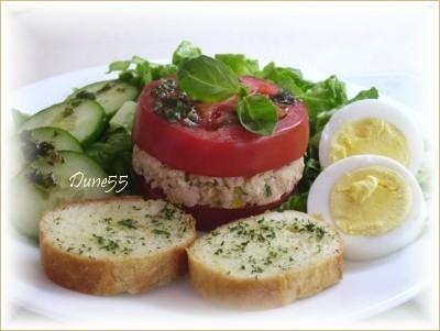 Une entrée/repas : Mille-feuilles de thon-tomates Pict0024