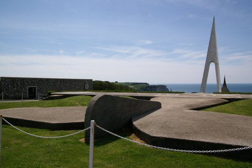 Monument à la mémoire de Nungesser et de Coli , Etretat 10207710