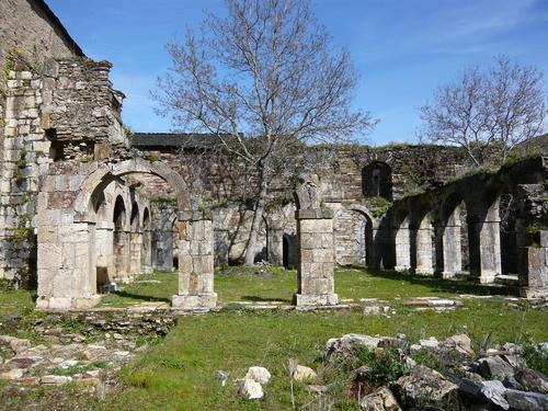 Ruines d'édifices religieux - Page 3 11588110