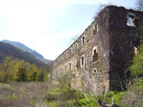 Ruines d'édifices religieux - Page 3 11588111