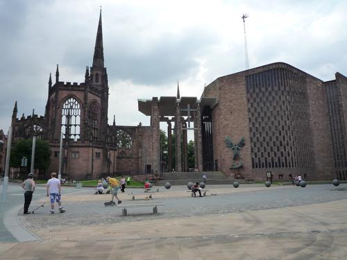 Ruines d'édifices religieux - Page 2 12576410