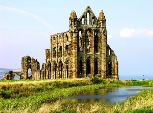 Ruines d'édifices religieux - Page 2 14216010