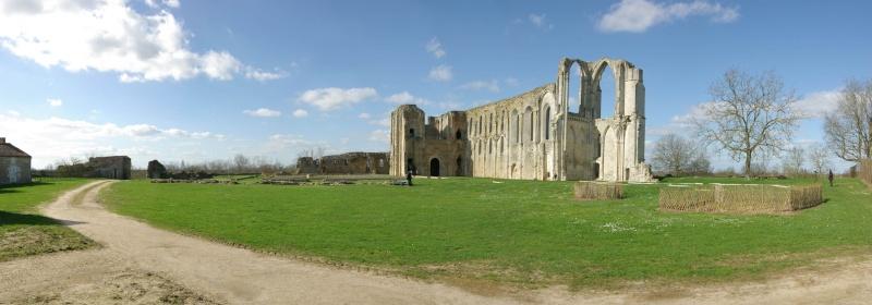Ruines d'édifices religieux - Page 2 14691210