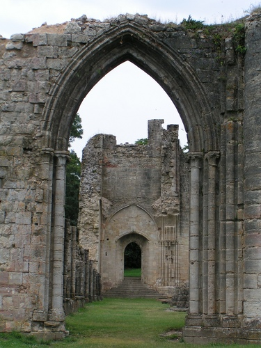 Ruines d'édifices religieux - Page 3 15420410