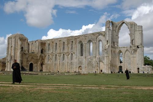 Ruines d'édifices religieux - Page 2 26199710
