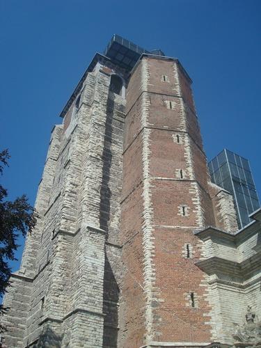 Ruines d'édifices religieux 26831710