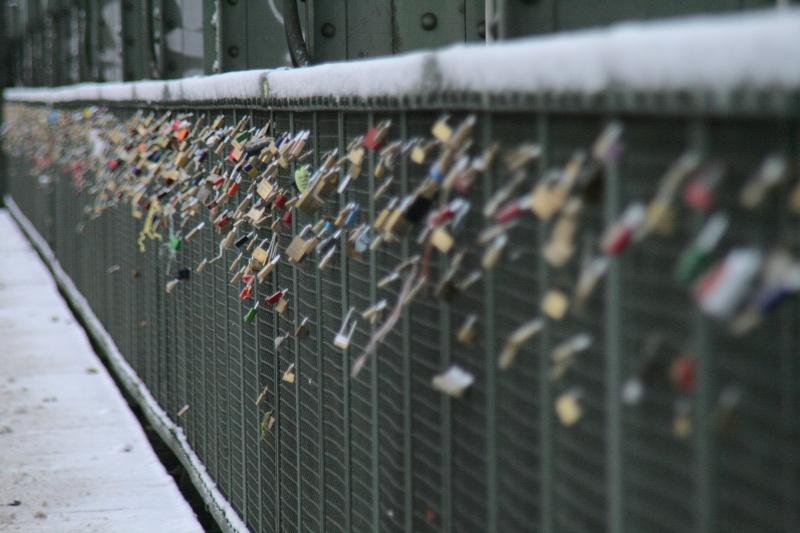 Ponts à cadenas 31331910