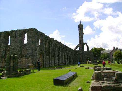 Ruines d'édifices religieux - Page 3 36867010