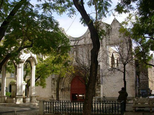 Ruines d'édifices religieux - Page 2 43672310