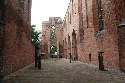 Ruines d'édifices religieux 46907310