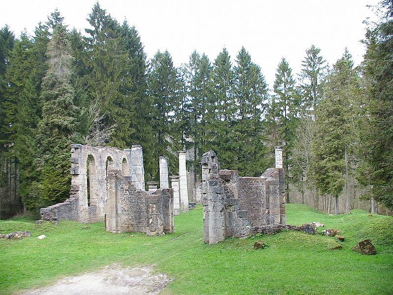 Ruines d'édifices religieux - Page 2 800px-12