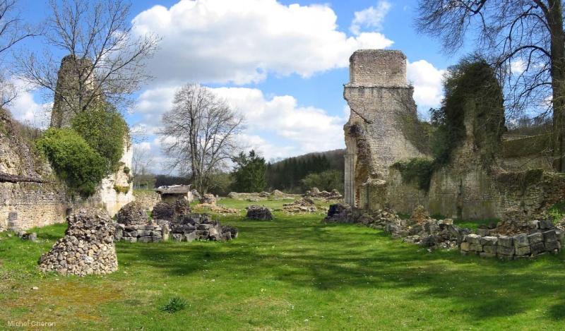 Ruines d'édifices religieux - Page 6 92876710