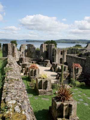 Ruines d'édifices religieux - Page 2 Abbaye11