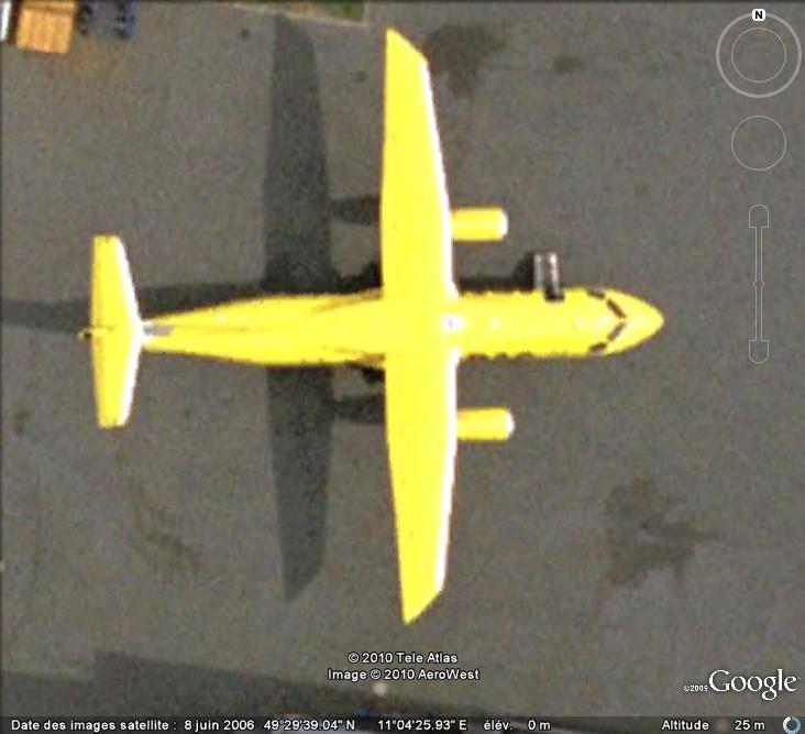 Du Bâtiment Jaune Flashy... Avion_10