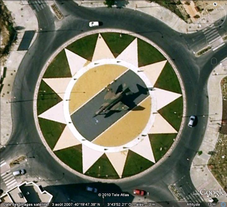 Un avion dans la ville - Page 12 Avion_11