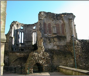 Ruines d'édifices religieux Chapel11