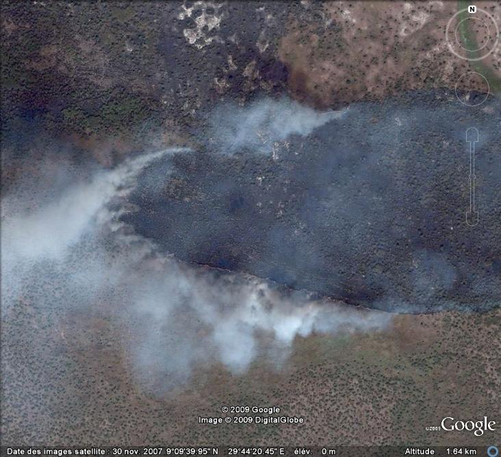 Au feu ! !  [Les incendies découverts dans Google Earth] - Page 6 Feu_310