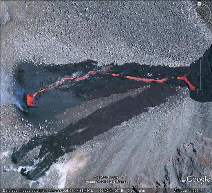 Coulée de lave au Piton de la Fournaise, île de La Réunion [au 31/12/2008] Lave10