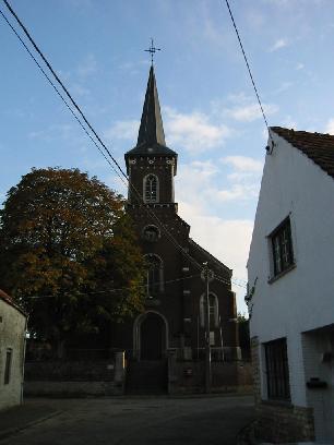 Remettons l'église au milieu du village ... ( défi trouvé ) - Page 5 Leclus10
