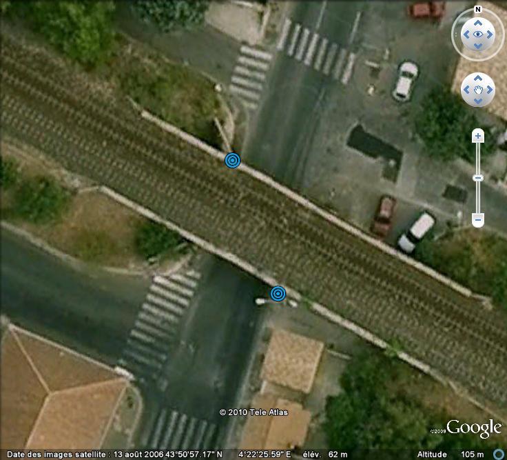 Street View : Les repères de crue Pont_310