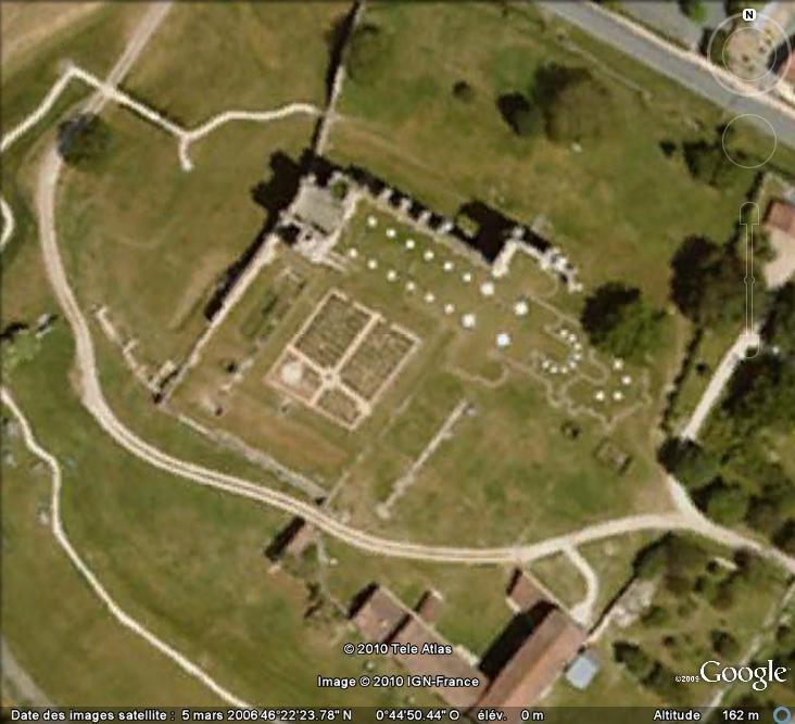 Ruines d'édifices religieux - Page 2 Ruines26