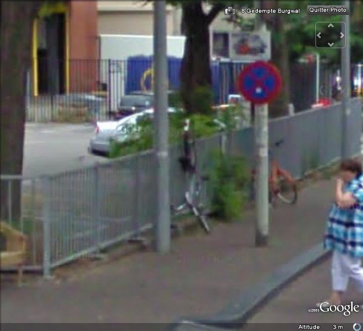 STREET VIEW : La nouvelle façon de parquer son vélo , La Hays ( Pays-Bas ) Valo_110