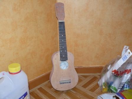 customisation d'un Ukulélé P1010410