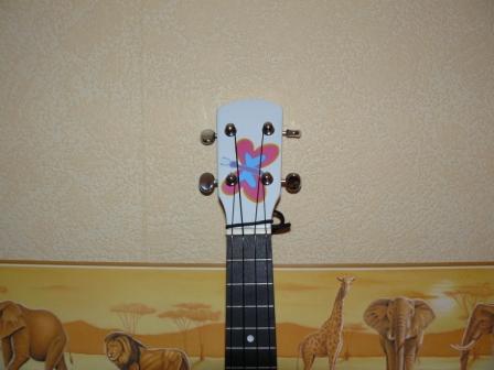 customisation d'un Ukulélé P1010418