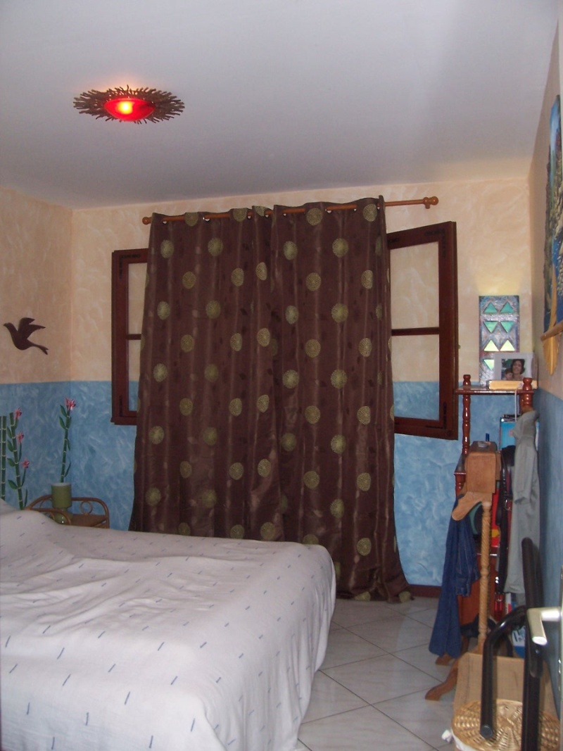 Chambre turquoise Melba : p11-12 photos décor soleil, mise e 104_4710