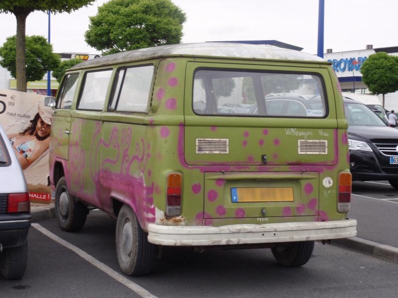 VW perdu dans un parking P5270712
