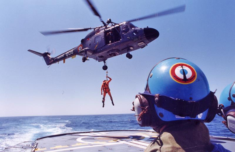 [Aéronavale divers] Le LYNX WG13 - Page 7 Jean_b11