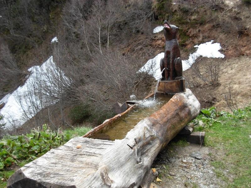 Conseils :Sculpture d'une fontaine dans un tronc d'arbre 2009-010