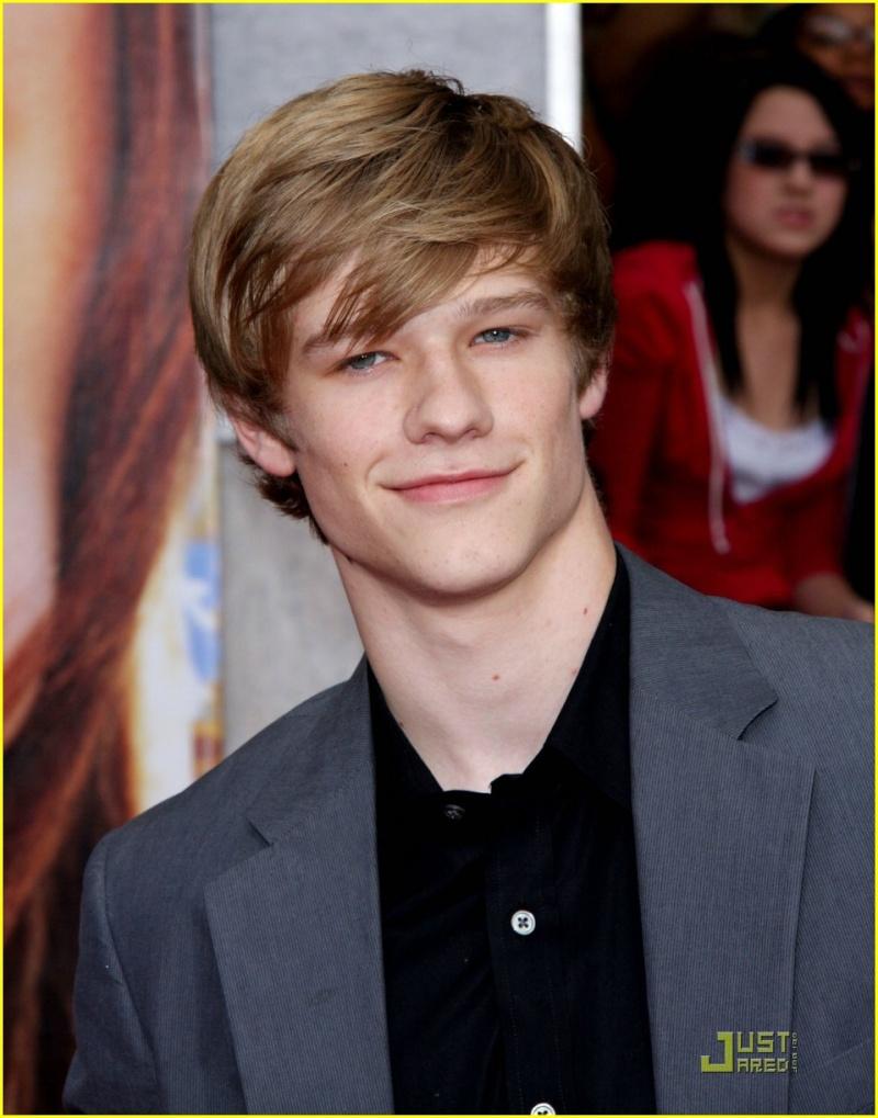 Lucas na ante-estreia de Hannah Montana: the movie Lucas-11
