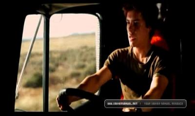 Screen Captures > Trailer 10910