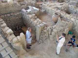 6,000 Year Old Lost City: Found! Priest10
