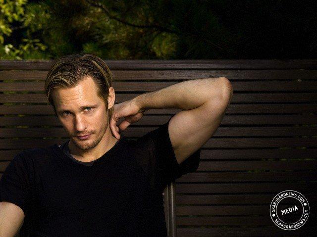 Photos d'Alexander Skarsgard - Page 2 Aaaaal10