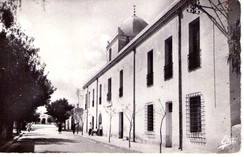 Le tourisme à Bousaâda (époque coloniale) Hotel_13