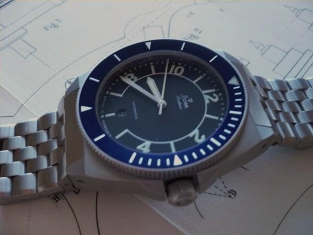 Recherche: 70's / bleu / plongee ??? 769d6b10