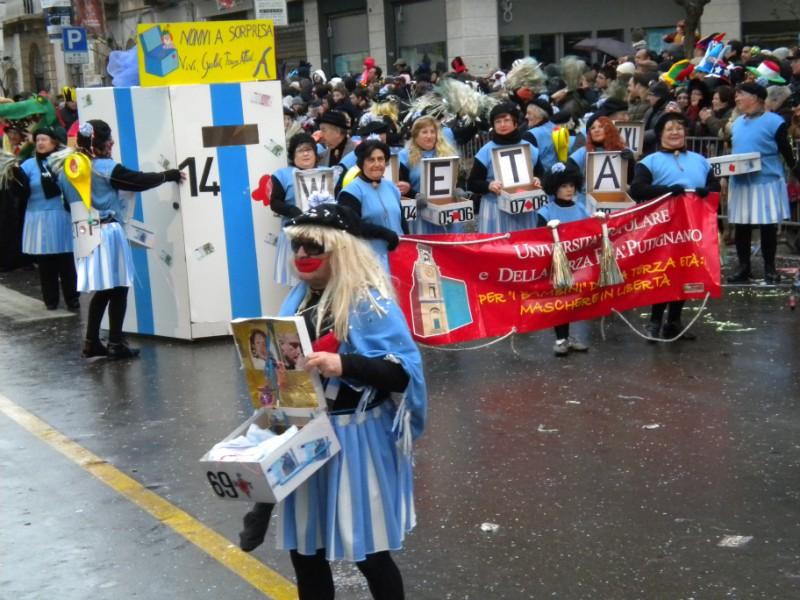 Carnevale di Putignano - Pagina 2 0610