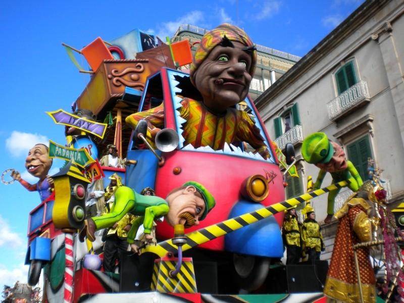 Carnevale di Putignano - Pagina 2 1110