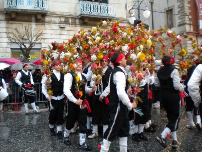 Carnevale di Putignano - Pagina 2 4010