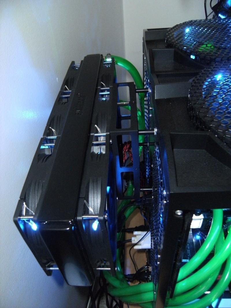 Asus Rampage III Extreme I7 990X-waterchiller 12GB Ram TRI SLI GTX 480 + GTX 470 PhysX-watercooling Dscf0011