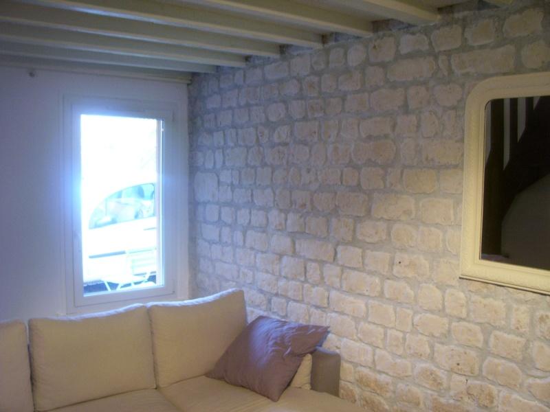 Mur en pierres calcaire et joins ciments gris !!! 100_3228