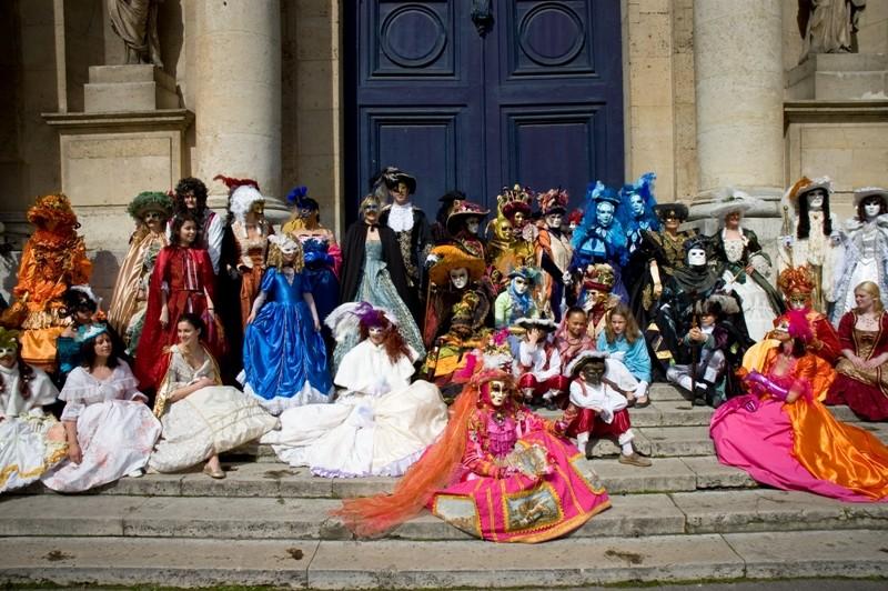 le bal de Versailles, l'histoire 0804-b10
