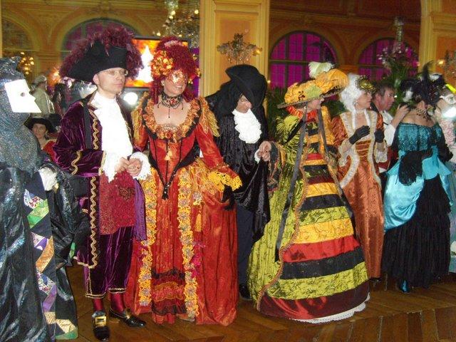 le bal de Versailles, l'histoire S1031810