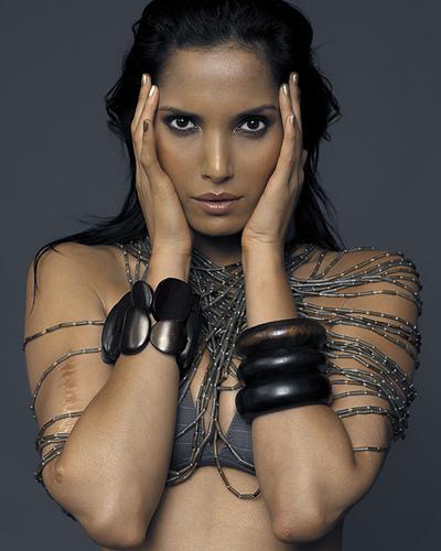 A Tribute to Beauty Padma-12