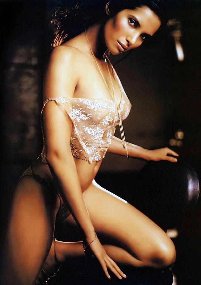 A Tribute to Beauty Padma-13